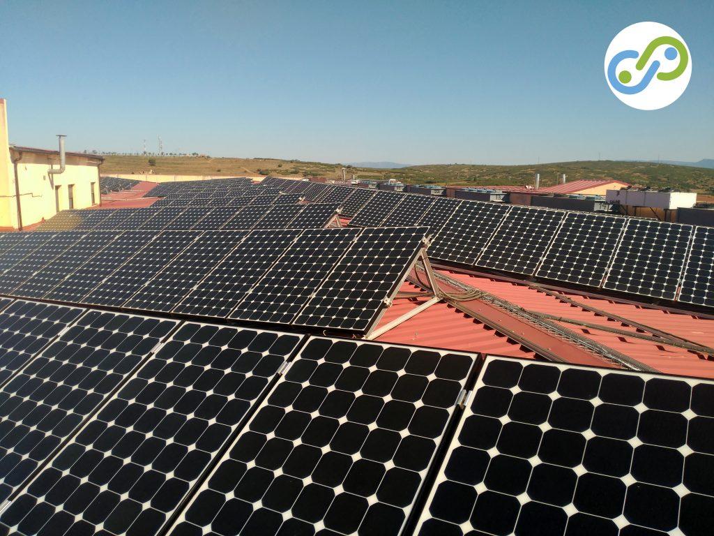 Energía fotovoltaica. Placas solares en Albentosa. Enersoste.