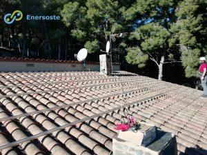 Instalación de placas solares en Castellón. Enersoste S.L. Desierto de las Palmas. Autoconsumo. Energías renovables. Energía solar.