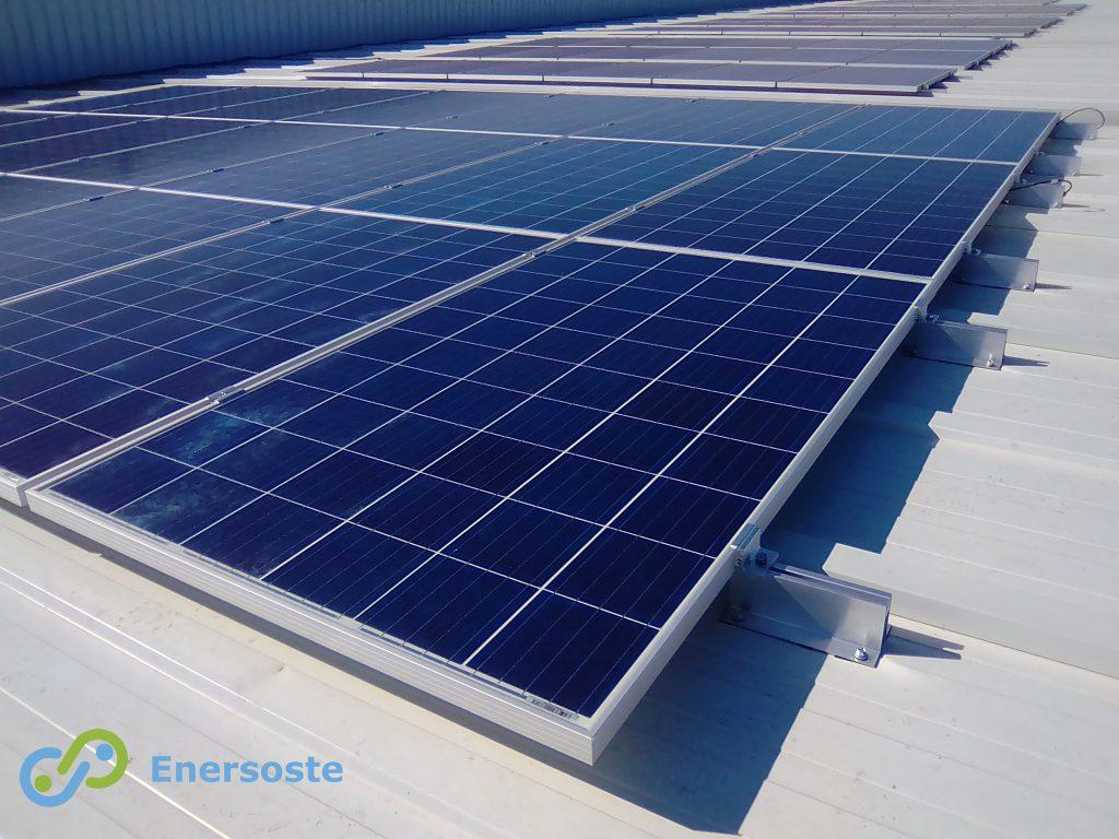 Cubierta-industria-Alzira.-Energía-fotovoltaica-Enersoste-S.L.-Segorbe (Castellón) -energías-renovables