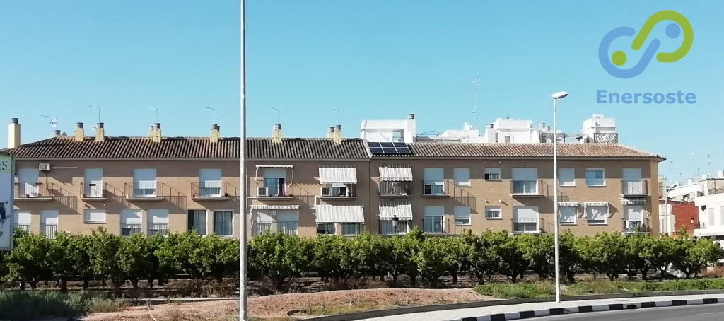 Instalación de placas solares en Albalat dels Sorells, Valencia