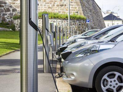 Cómo ahorrar y ser más sostenible en tu empresa