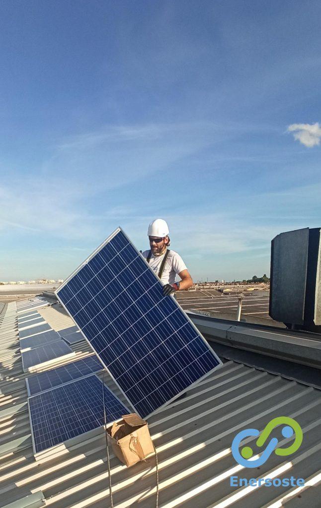 Instalación de placas solares autoconsumo para industria. Enersoste.