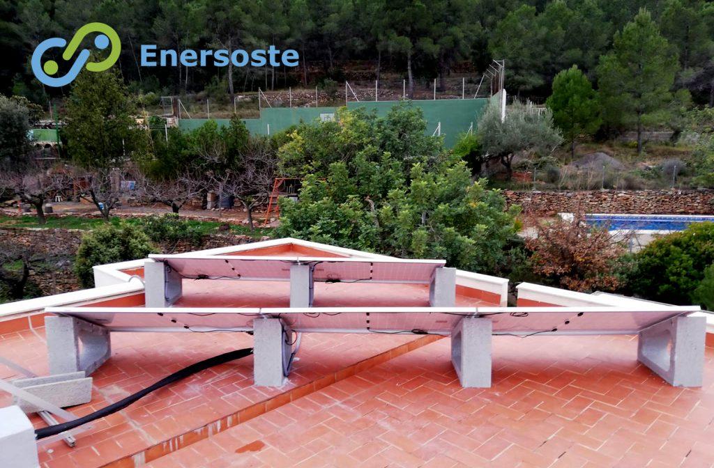 Placas solares en urbanización de Algar. Enersoste.